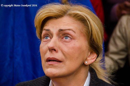Medjugorje: Mirjana durante l'apparizione del 2 Giugno 2016 - Foto di Mateo Ivanković – Tutti i diritti riservati