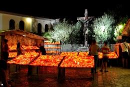 Medjugorje, Anniversario Apparizioni 2016: Ceri votivi – Foto di Sardegna Terra di pace – Tutti i diritti riservati
