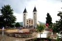 Medjugorje, Anniversario Apparizioni 2016: Chiesa di San Giacomo a Medjugorje (5) – Foto di Sardegna Terra di pace – Tutti i diritti riservati