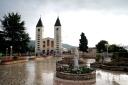 Medjugorje, Anniversario Apparizioni 2016: Chiesa di San Giacomo a Medjugorje (7) – Foto di Sardegna Terra di pace – Tutti i diritti riservati