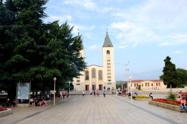 Medjugorje, Anniversario Apparizioni 2016: Chiesa di San Giacomo a Medjugorje – Foto di Sardegna Terra di pace – Tutti i diritti riservati