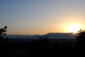 Medjugorje, Anniversario Apparizioni 2016: L'alba dal Krizevac – Foto di Sardegna Terra di pace – Tutti i diritti riservati