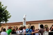 Medjugorje, Anniversario Apparizioni 2016: Processione (7) – Foto di Sardegna Terra di pace – Tutti i diritti riservati