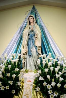 Medjugorje, Anniversario Apparizioni 2016: Statua della Madonna di Lourdes (2) – Foto di Sardegna Terra di pace – Tutti i diritti riservati