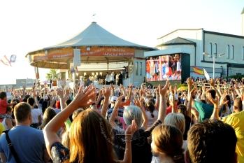 Medjugorje, Mladifest 2016: Altare esterno (9) – Foto di Sardegna Terra di pace – Tutti i diritti riservati