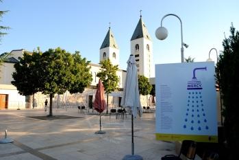 Medjugorje, Mladifest 2016: Pannello sulla misericordia – Foto di Sardegna Terra di pace – Tutti i diritti riservati