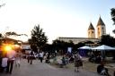 Medjugorje, Mladifest 2016: Spazio attorno alla Chiesa – Foto di Sardegna Terra di pace – Tutti i diritti riservati