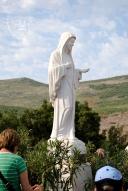 Medjugorje, Mladifest 2016: Statua della Regina della Pace sul Podbrdo – Foto di Sardegna Terra di pace – Tutti i diritti riservati