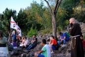 Medjugorje, Mladifest 2016: Via Crucis salendo il Krizevac (3) – Foto di Sardegna Terra di pace – Tutti i diritti riservati