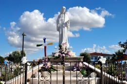 Statua Regina della Pace - Foto di Sardegna Terra di pace – Tutti i diritti riservati
