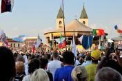 Medjugorje, Anniversario 2017: Altare esterno (6) – Foto di Sardegna Terra di Pace – Tutti i diritti riservati