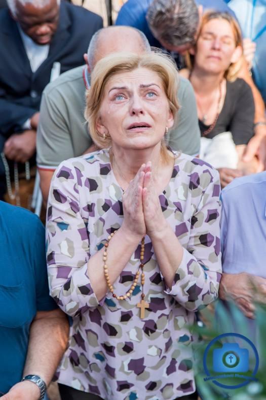 Medjugorje: Mirjana durante l'apparizione del 2 Luglio 2018 - Foto di Mateo Ivanković – Tutti i diritti riservati
