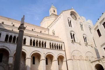 Basilica san Nicola di Bari - Foto di Sardegna Terra di pace – Tutti i diritti riservati