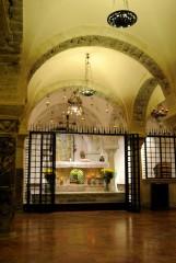 Cripta Santuario San Nicola di Bari (2) - Foto di Sardegna Terra di pace – Tutti i diritti riservati