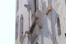 Particolare della facciata del Santuario San Nicola di Bari - Foto di Sardegna Terra di pace – Tutti i diritti riservati