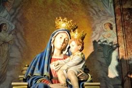 Statua Madonna delle grazie - Foto di Sardegna Terra di pace – Tutti i diritti riservati