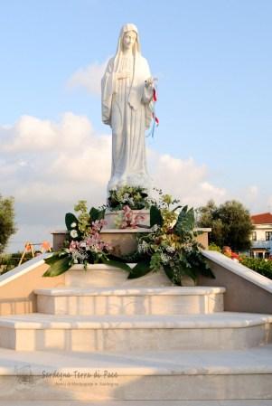 Statua Regina della Pace (2)
