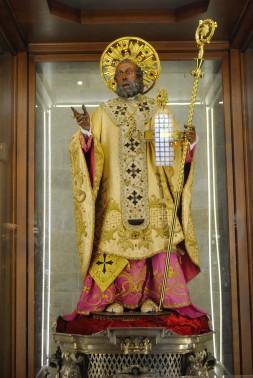 Statua San Nicola di Bari (4) - Foto di Sardegna Terra di pace – Tutti i diritti riservati