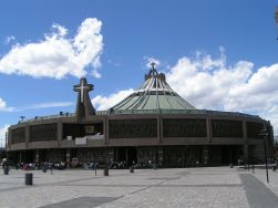 Nuova Basilica di Guadalupe - Foto di Janothird~commonswiki - Licenza CC BY-SA 3.0