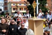Medjugorje, Anniversario Apparizioni 2019: Adorazione Eucaristica (3)