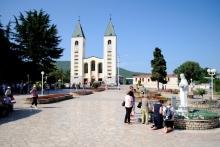 Medjugorje, Anniversario Apparizioni 2019: Piazzale Chiesa San Giacomo Apostolo